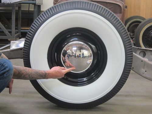 "Ford 15"" Steelie w Firestone Deluxe Whitewalls"