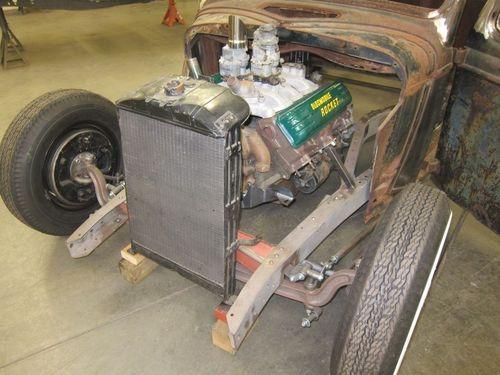 1935 Ford Pickup Engine Mock Up