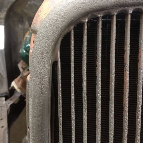 1933 Ford grille pitted